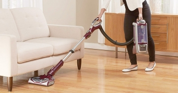9 Perfect Upright Vacuum Cleaners for Pet Hair – Collects your pet hair from tricky areas also!